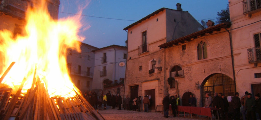 Fuoco di Sant'Antonio - Fontecchio, Abruzzo - Italy